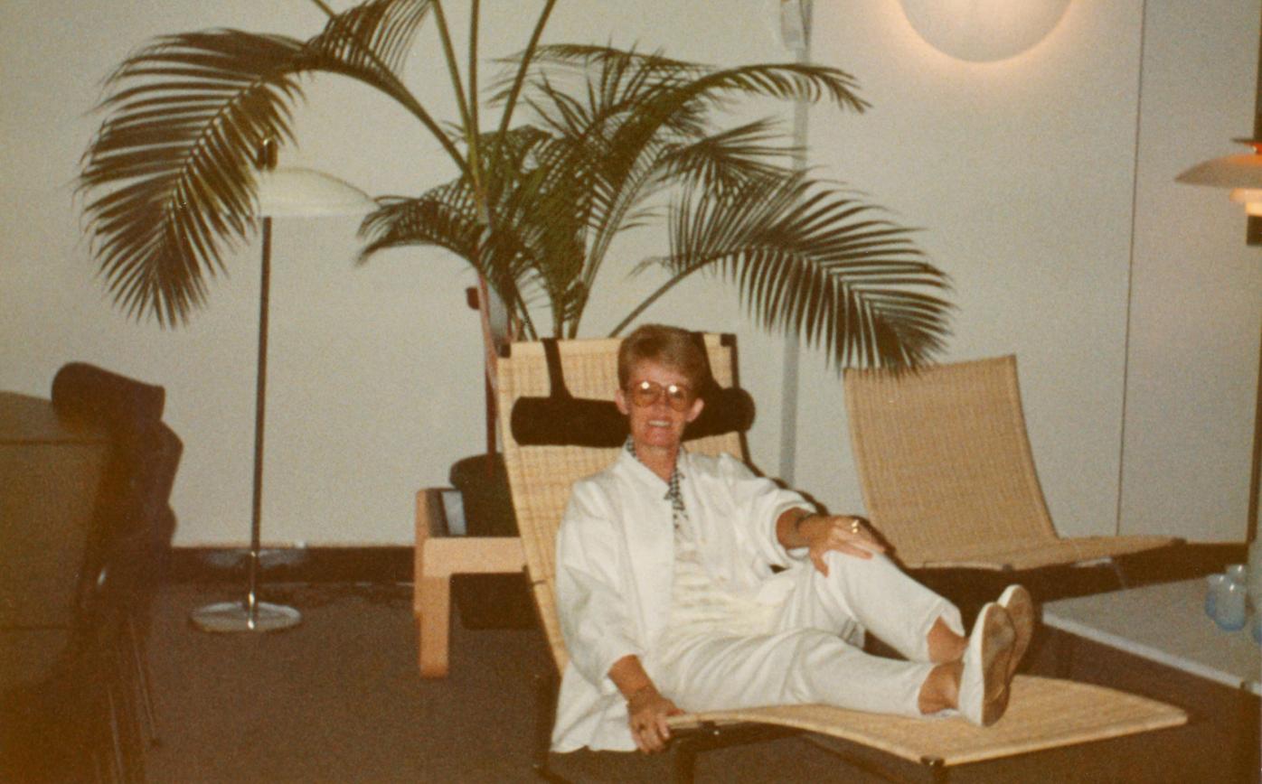 Hans Osinga on a Fritz Hansen chaise by Poul Kjaerholm